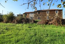 Image No.0-Ferme à vendre à Castelo de Paiva