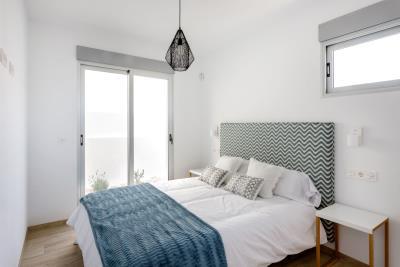 Resize-8-Bedroom-downstaris
