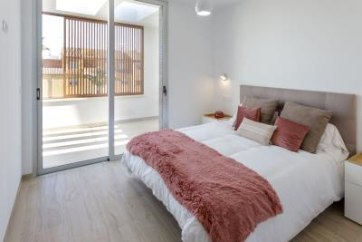 Resize-11-Master-Bedroom