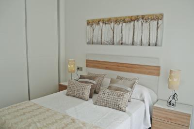Bedroom-Downstairs-2