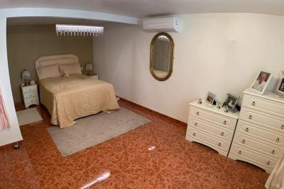 4-main-bedroom1-1024x680