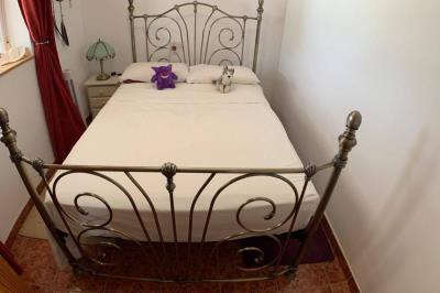 7-bedroom-2-1024x680