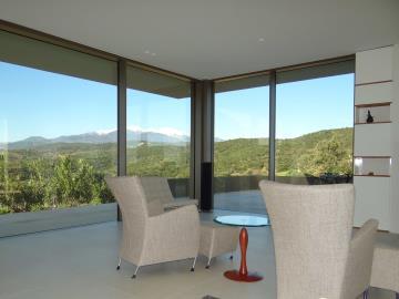 Canigou-view-from-living-room-2