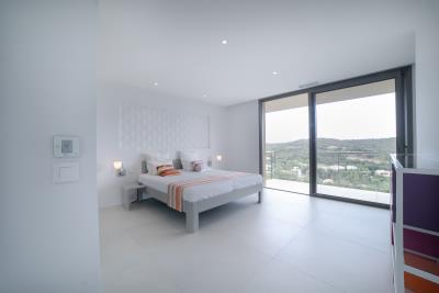 25--Bedroom