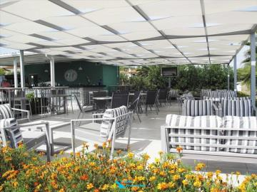 Lg-hotel-for-sale-greece-16