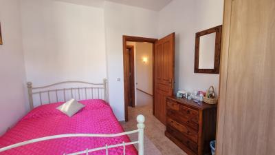 Fisrt-bedroom-2