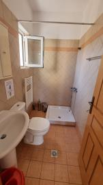 Groung-floor-shower-min