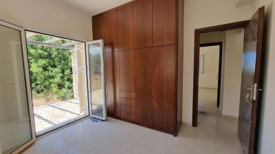 Upper-Appartments-second-bedroom-2
