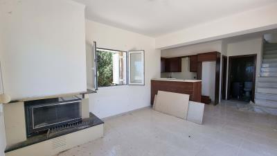 Upper-appartment---Living-room-2