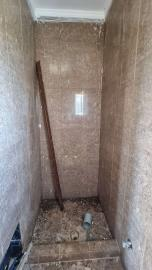 Upper-appartment---Master-bedroom-ensuite-shower