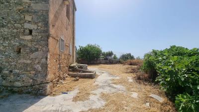 Inner-courtyard-3