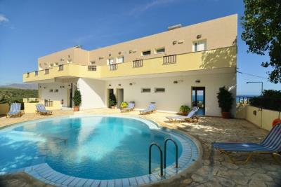 Hotel-inner-courtyard