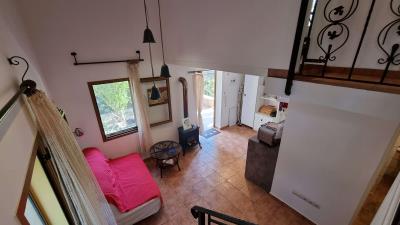 2th-Maisonette---Living-room