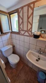 3th-Maisonette---ensuite-toilet