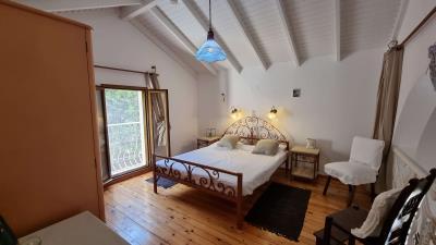 3th-Maisonette---Second-bedroom-1