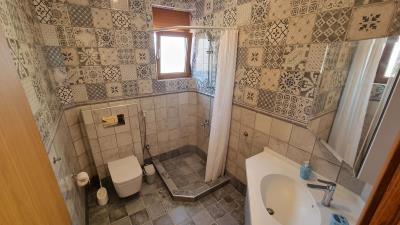 Play-room-shower