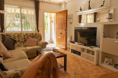 Lounge-II