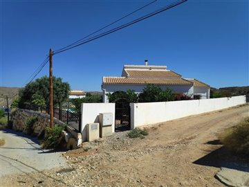 723-villa-for-sale-in-albanchez-61538-large
