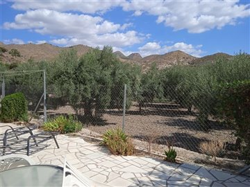 736-country-house-for-sale-in-oria-62134-larg