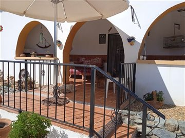 736-country-house-for-sale-in-oria-62128-larg