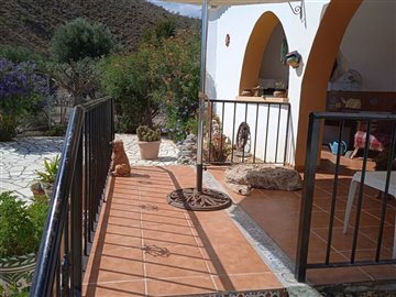 736-country-house-for-sale-in-oria-62127-larg