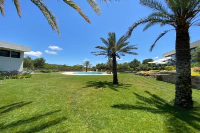 las-colinas-golf-and-country-club---communal-pool---las-colinas-property-for-sale