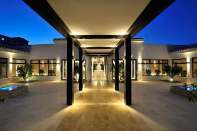 las-colinas-golf-and-country-club----clubhouse-entrance---las-colinas-property-for-sale
