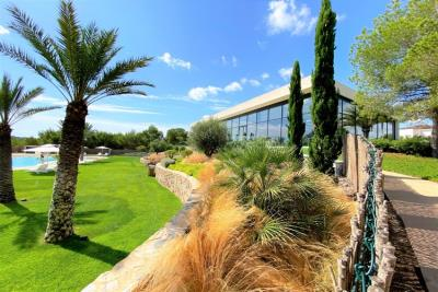 las-colinas-golf-and-country-club---landscaped-gardens---las-colinas-property-for-sale