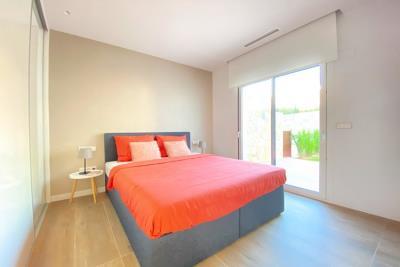 nispero-apartment-las-colinas-golf---bedroom-doors-to-terrace---las-colinas-property-for-sale