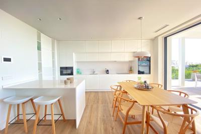 nispero-apartment-las-colinas-golf---dining-area---las-colinas-property-for-sale
