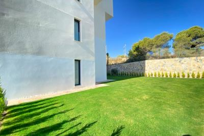nispero-apartment-las-colinas-golf---side-aspect---las-colinas-property-for-sale