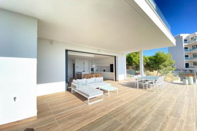 nispero-apartment-las-colinas-golf---terrace-sun-loungers---las-colinas-property-for-sale