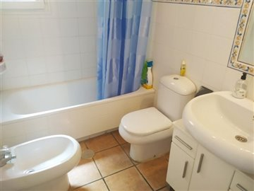 16100-for-sale-in-torrevieja-5897835-large